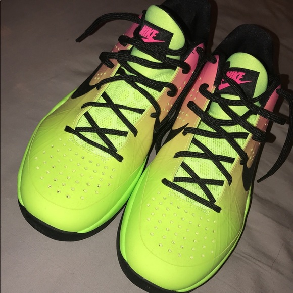 7b22cb6a78c3c Nike zoom hyper attack volleyball shoes. M 5ac46ea68290afddf1408c5d